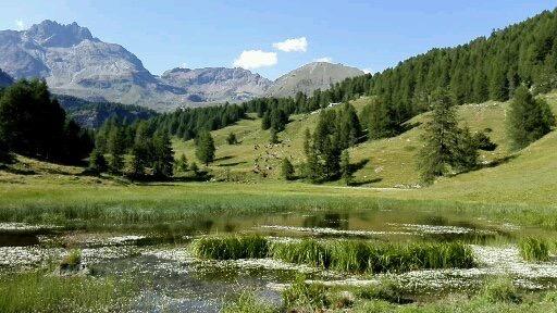 Val d'Aosta, veduta dei pascoli del cielo